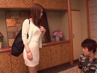 Aya Saito feels unsettled and uneasy talk with four males  - In the matter of within reach javhd.net