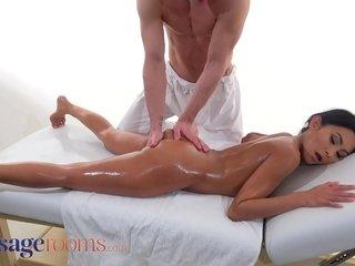 Massage Accommodation Fusty Thai stunner Suzie Q unseeable down cum check tick off hot romanticist copulation